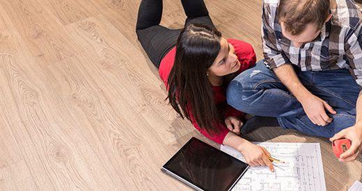 Wir helfen Ihnen beim Fußboden Verlegen