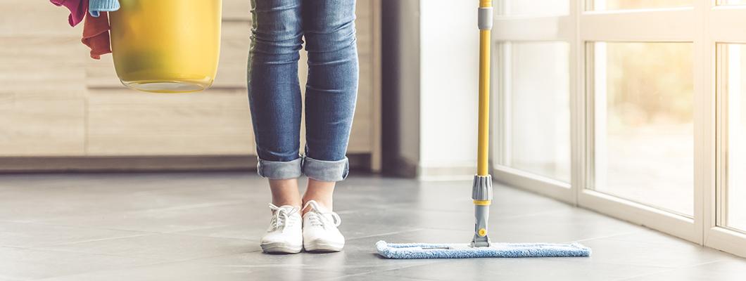 Wir zeigen Ihnen wie das Boden Reinigen richtig funktioniert!
