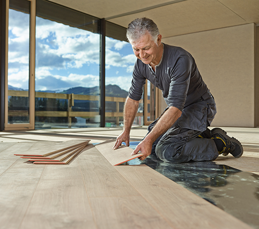 The UNI fit! flooring click system enables a perfect floating installation.