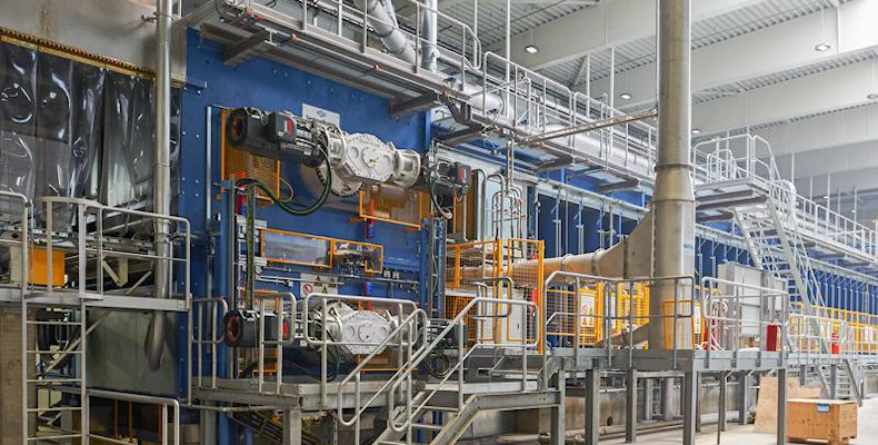 Linia produkcyjna płyt MDF w Gagarinie