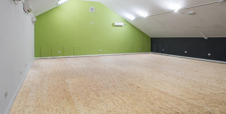 Woodfield Squash and Leisure Club's Gym floor fitted using EGGER OSB HDX