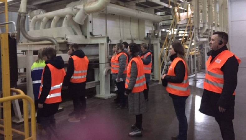Cотрудники и руководители ИП Леонгард на заводе ЭГГЕР в Шуе