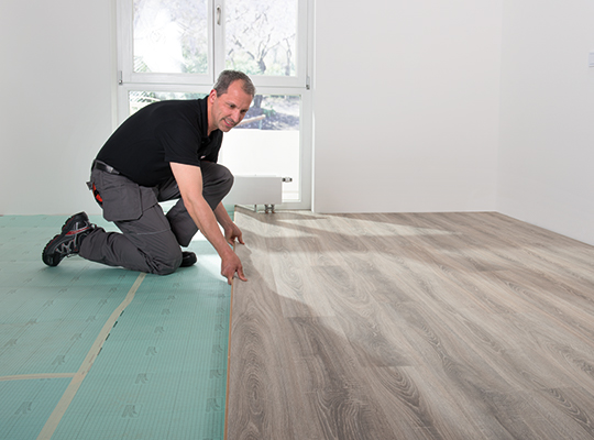 In most rooms, flooring is most effective when laid parallel to the direction in which the light falls. The direction in which the floor is laid can have a big impact on the overall look of the room.