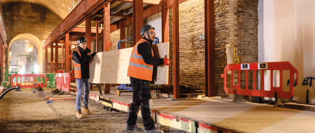 The boards were light and easy to manoeuvre around site. © Mark Mackenzie Photography