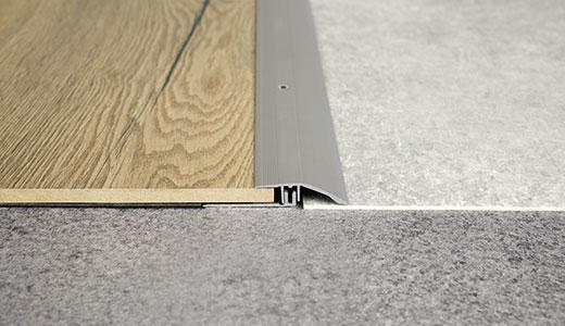 Aluminium levelling profile