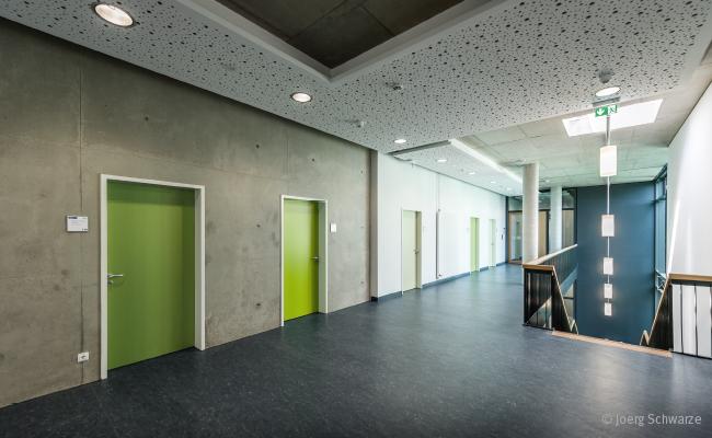 Odolné materiály pro interiérové dveře